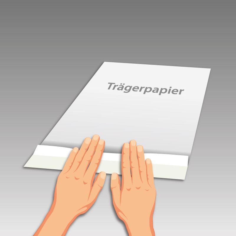 Trägerpapier circa drei Zentimeter umknicken