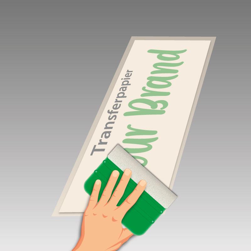 Transferpapier auf der Oberseite der Folie festrakeln