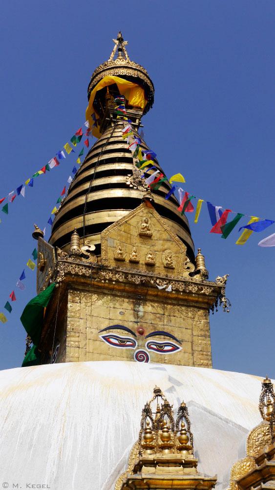 Swayambhunath, Stupa mit den Augen Buddhas