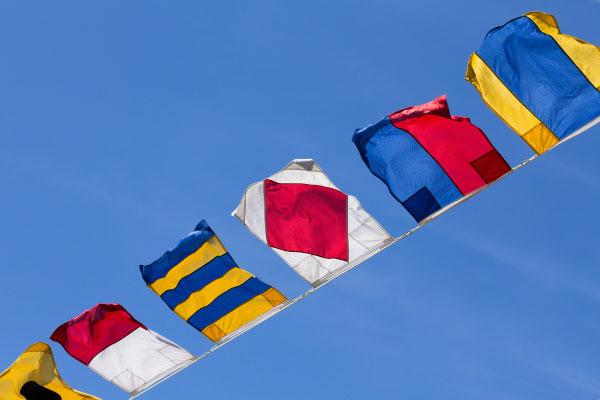 Signalflaggen in der Schifffahrt