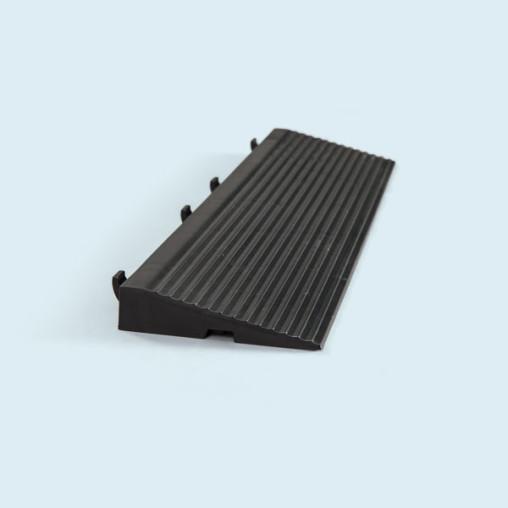 Rampe für Bodenplatte, belastbar bis 130.000 kg/m²
