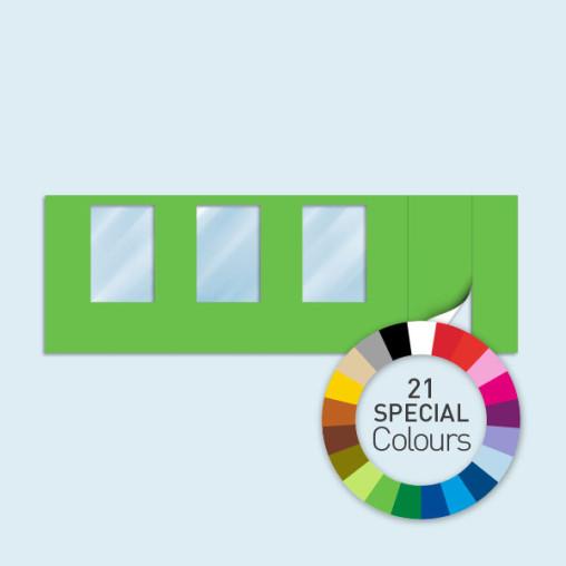 Wand mit Tür rechts und 3 Fenstern 600 x 205 cm, in 21 Sonderfarben erhältlich